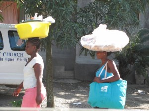 Women walking to work in Limbe