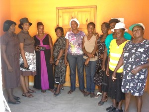 Group of 10 women in Limbe